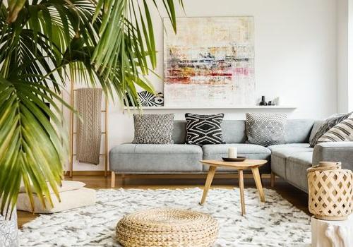 comment-décorer-sa-maison-avec-un-faux-palmier