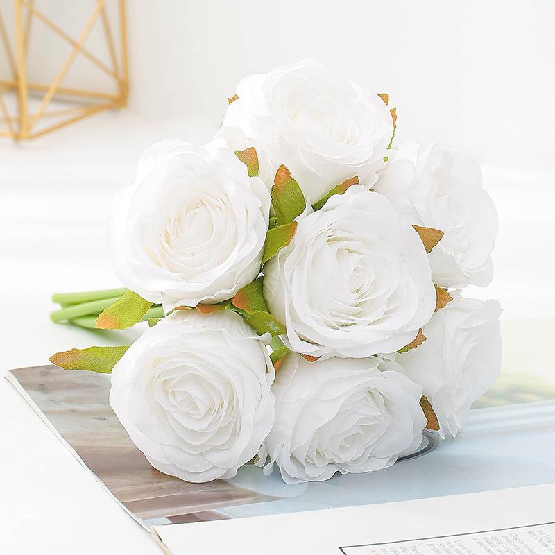 bouquet-roses-artificielles-blanches
